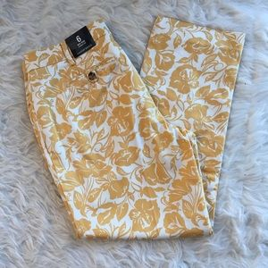 NWT Lands End 6 crop chino pants golden floral